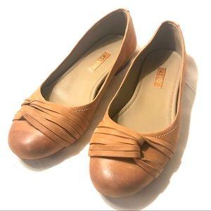 ECCO Premium Camel Tan Leather Knot Ballet Flats 6